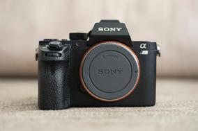 Sony A7rii Full-frame Mirrorless 42 Mp Com 3 Baterias