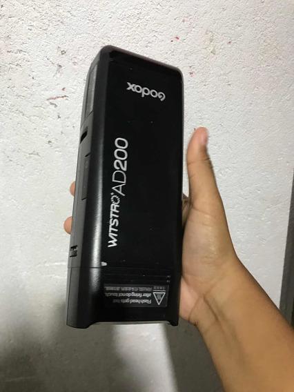 Flash Ad200 Pro + Tripé + Bateria + Softhbox + Sapata + X1