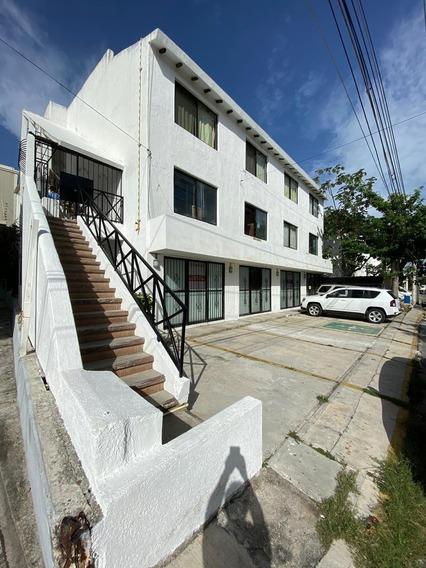 Estudios Semi-amueblados, Centro De Playa Del Carmen