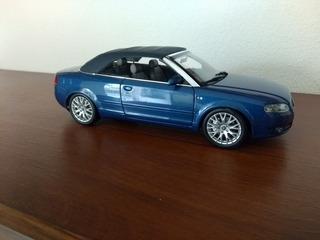 Miniatura Audi A4