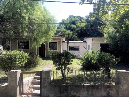 Venta Casa, Deposito Y Terreno 1750 M2, Tomkinson