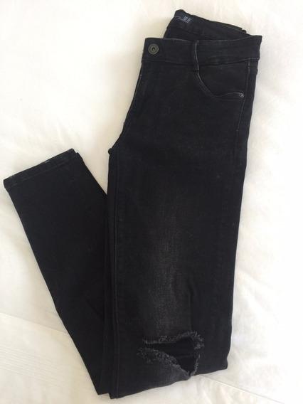 Calça Skinny Rasgo Joelho Zara - Jeans Com Elastano