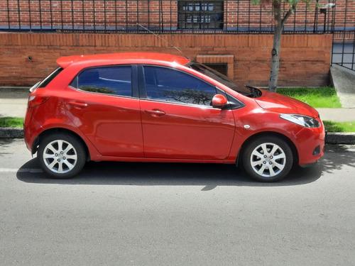 Mazda 2, 2010, Automático, Cuero, 5 Puertas, Rojo