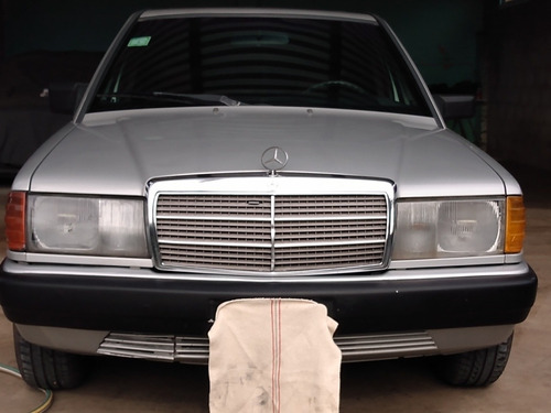 Imagen 1 de 15 de Mercedes Benz 190 E  190 E 2.3- Aut
