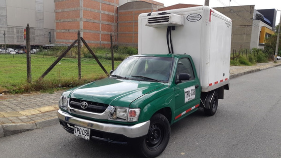 Toyota Hilux Furgon 2003