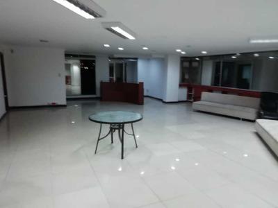 Oficina En Arriendo Castropol Poblado Medellín
