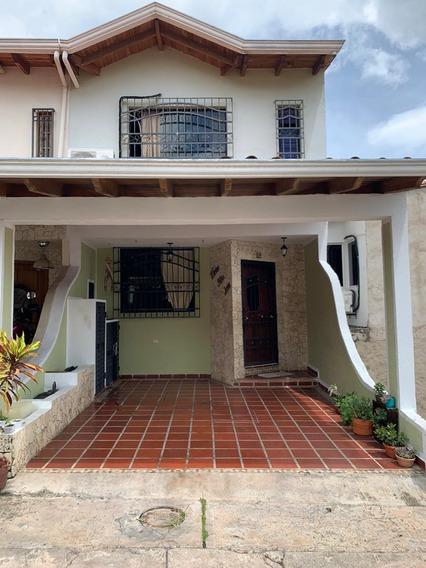 Casa Urb Laureles De La Castellana