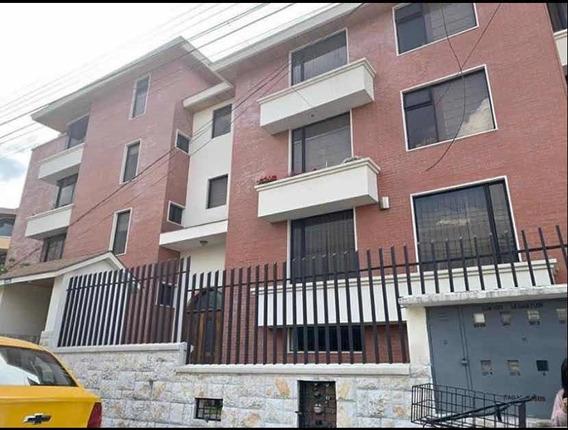 Departamento De Dos Dormitorios Con Terraza Independiente