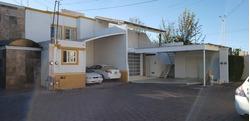 Rento Casa Aguascalientes Coto Cerrado, 5 Recamaras, 3 Baños