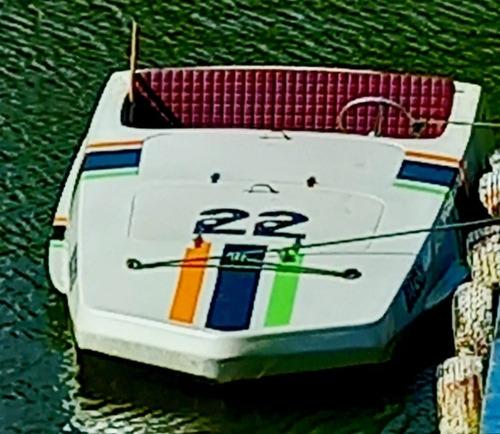 Imagem 1 de 5 de Max Boat Craque Box V8