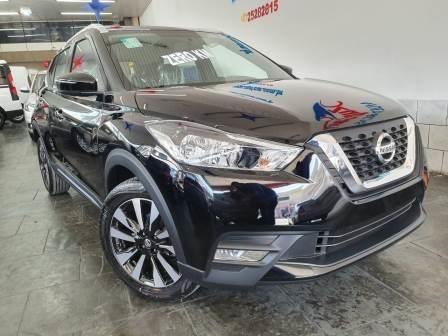 Nissan Kicks Sv Automática / Suv Mini Suv