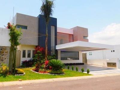 Venta De Casa En Fracc Lomas De Cocoyoc $10,800.000