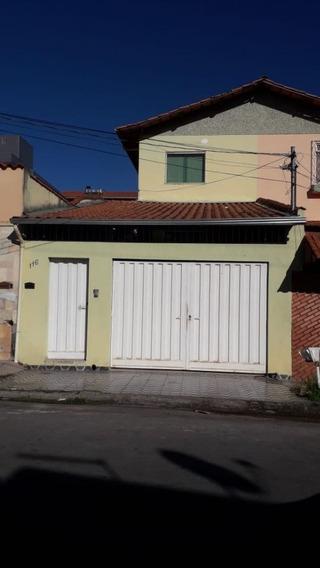 Excelente Casa. 3 Quartos 2 Vagas. Bairro Santa Monica. - 2545