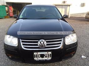 Volkswagen Bora 2010 Trendline 2.0 #at3