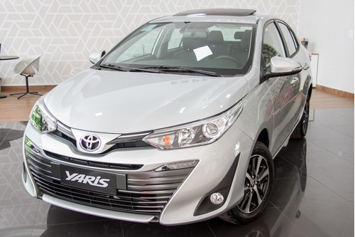 Toyota Yaris Sedan 1.5 Xls Connect Cvt (flex)