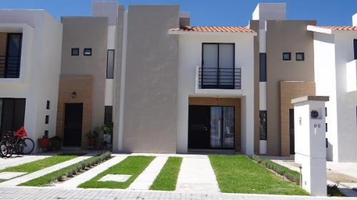 Venta De Casa En Residencial San Gerardo Mod. Portugal Coto89