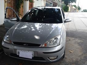 Ford Focus 2.0 Ghia Aut. 5p 140.3hp