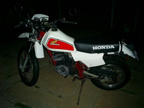 Moto Honda Xl 250 1983 Com 1 Carburador Raridade E Filé