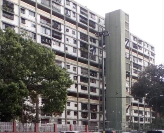 Apartamento En Venta 23 De Enero - Rc 04149452112