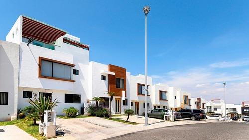 Casa En Venta - Zibata - C1497