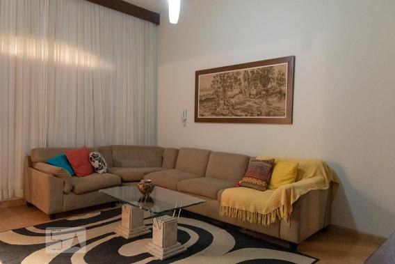 Casa Mobiliada Com 4 Dormitórios E 2 Garagens - Id: 892947256 - 247256
