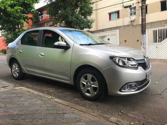 Renault Logan Dynamique 1.6 8v 2017