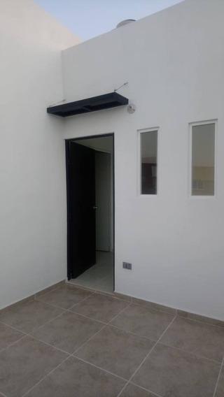 Casa En Renta Circuito Mediterraneo, Fraccionamiento Valle Alto