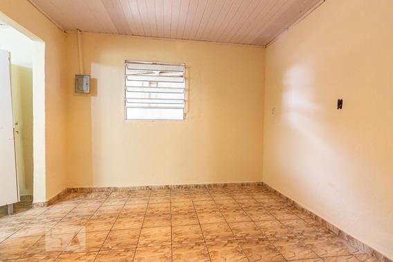 Casa Para Aluguel - Jardim Roberto, 1 Quarto, 35 - 893109826