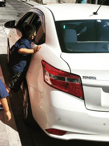 Toyota Yaris Sedan Version Full