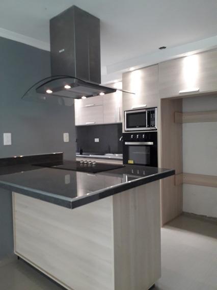 Vendo Apartamento En Urbanización Palma Real