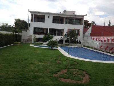 Casa En Venta 5 Recamaras Cuautla Occ-525