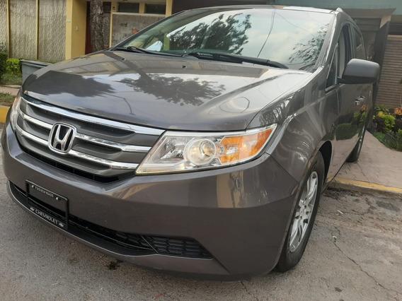 Honda Odyssey 8 Pasajeros , Piel , Quemacocos , Impecable