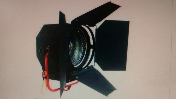 Iluminador Telem Fresnel 2000 Wtz