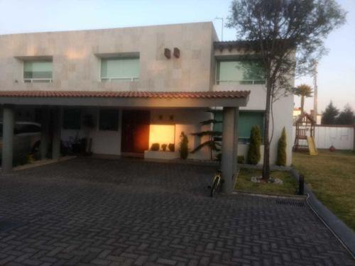 Hermosa Y Elegante Residencia En Los Encinos Lerma