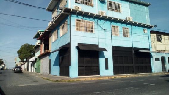 Local En Alquiler En Centro Barquisimeto Lara 20-1673 Rahco
