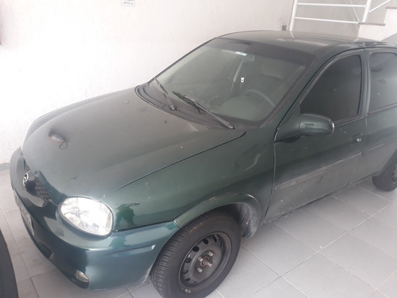 Chevrolet Corsa Sedan 1.0 Super Milenium 4p 2001