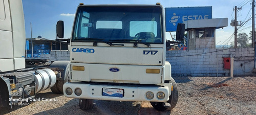 Imagem 1 de 10 de Ford Cargo 1717 Chassi