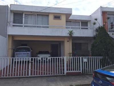 Casa En Renta En Prados Providencia, Guadalajara
