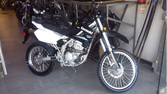 Kawasaki Klx 250 Año 2013 Con 3800 Km - Financiac - Motos Mr