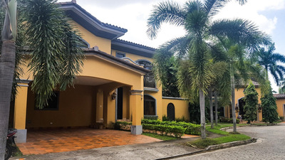 Alquiler De Casa En Costa Del Este 19-321 **hh**