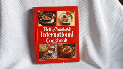 Imagen 1 de 9 de International Cookbook Betty Crockers  Random House