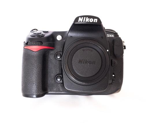 Câmera Dslr Nikon D300 - 37 Mil Clicks (somente Corpo)