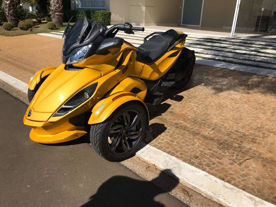 Bombardier Can-am Spyder St-s - Turbo