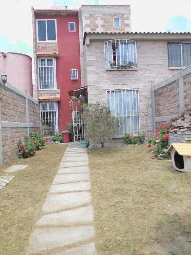 Casa En Venta En Chicoloapan Ampliada 3 Autos Acepto Credito