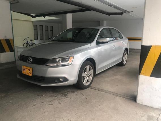 Volkswagen New Jetta 2.500