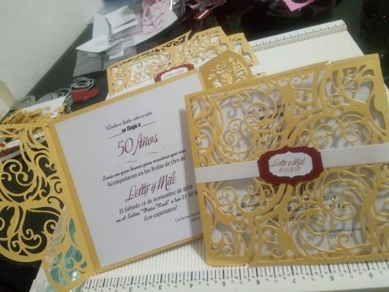 Tarjeta Invitación Calada Con Etiqueta Y Faja