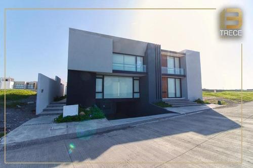 Imagen 1 de 30 de Casa De Lujo Con Vista Al Mar En Fraccionamiento Lomas Del Sol