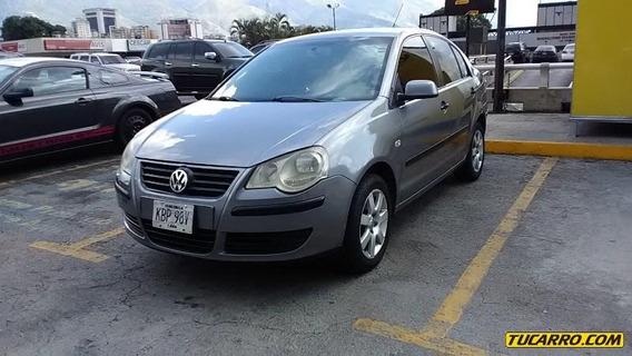 Volkswagen Polo Comfortline-secuencial