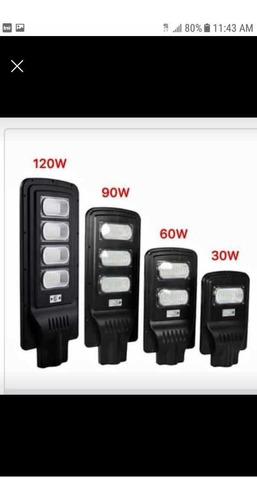 Imagen 1 de 1 de Lámparas Solares Desde 60 Watts Hasta 400 Watts