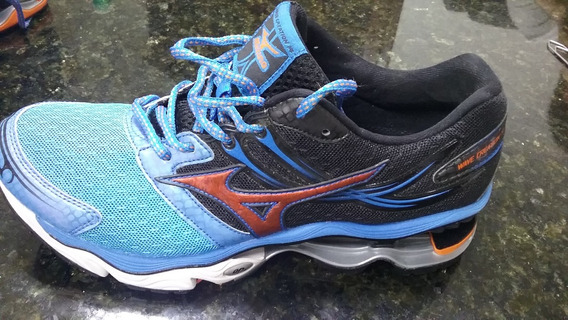 Tênis Mizuno Wave Creation